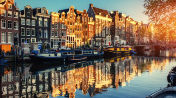 What Are Must-See Attractions In Amsterdam?