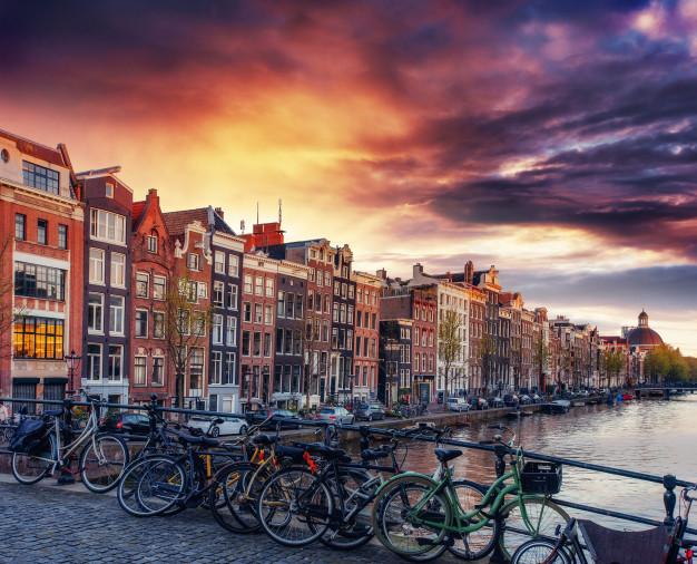 Life In Amsterdam: A Modern Look At An Ancient City – Max Lang-Orsini